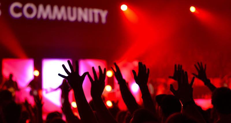 organizar eventos con STRONG element